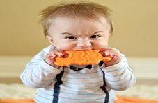 خوردن اجسام خطرناک چه بلایی بر سر کودک می آورد؟