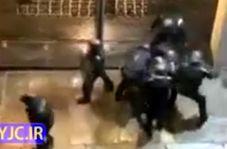 بلایی که پلیس فرانسه بر سر یکی از معترضان آورد