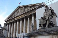 اعتراض عجیب شهروندان فرانسوی