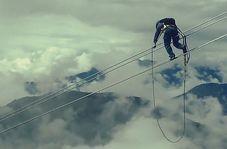 تصاویری شگفتانگیز از برقکاران چینی در ارتفاع ۳۰۰۰ متری