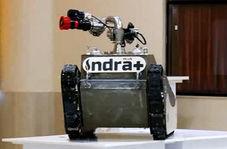 ربات هوشمندی که یک آتش نشان قدرتمند است