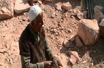 اراده پولادین روشن دلی که دل سنگ را می شکافد