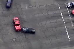 آتش گرفتن خودرو پس از تعقیب و گریز + فیلم