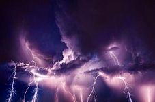 تصاویری زیبا از رعد و برق در آسمان اهواز