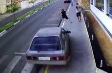 زنده ماندن عابر پیاده پس از تصادف با راننده ناشی