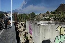 فوران گدازه و خاکستر آتشفشان اتنا در سیسیل ایتالیا