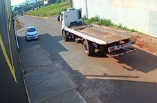 تصادف مرگبار موتورسیکلت با تریلی!
