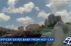 نجات نوزاد گرفتار شده در داخل خودرو در آخرین لحظات