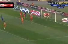 گل اول استقلال به سایپا (عارف غلامی)