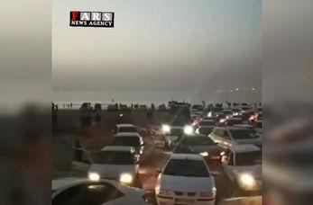 فیلم| ترافیک سنگین در ساحل چریف عسلویه