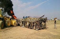 روایت مسافران از تصادف وحشتناک اتوبوس با تانکر سوخت در آزاد راه نطنز -کاشان!