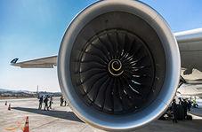 قدرت مکش بالای موتور هواپیما که یک خودرو را از جا کند!