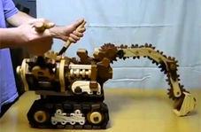 شبیه سازی حیرت انگیز بیل مکانیکی با چوب!
