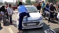 اتفاق عجیب در خیابان های هندوستان!