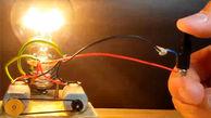 بدون استفاده از برق، یک لامپ را برای همیشه روشن نگه دارید!