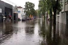 تبدیل شدن خیابانهای سیدنی به رودخانهای پر از آب