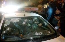 اولین فیلم از خودروی مأموران ناجا خوزستان که مورد حمله افراد ناشناس قرار گرفت